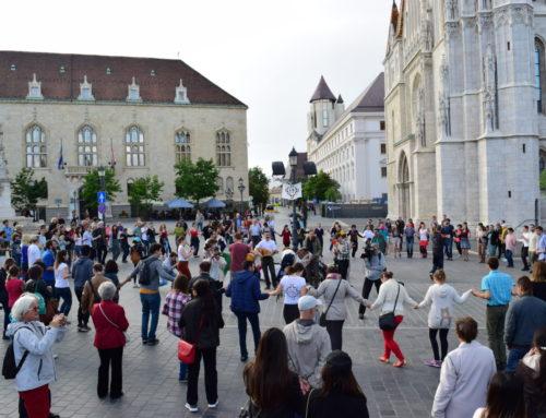 Hencida flashmob Budapesten
